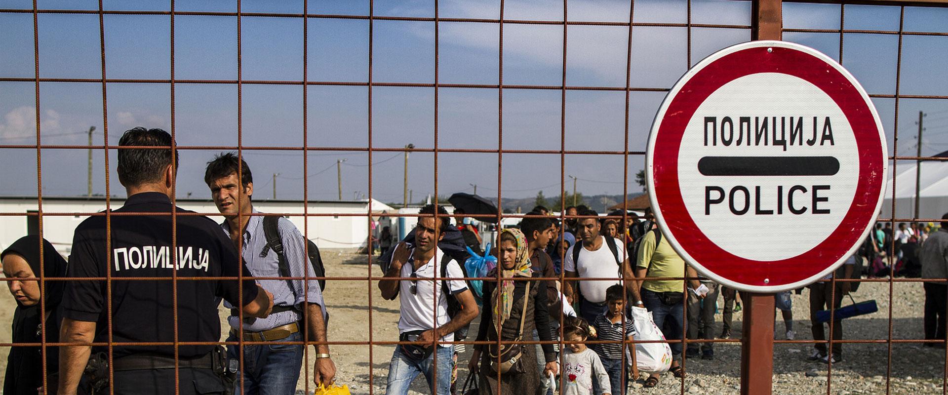 fronteres-invisibles-campanya-caritas-barcelona